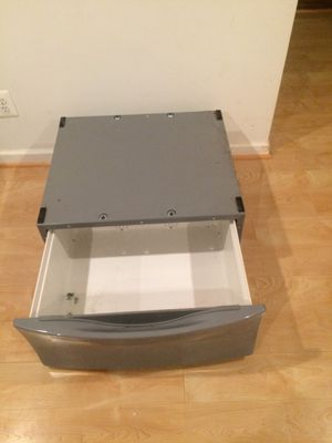 Grey whirlpool duet pedestal and screws to attach to washer or dryer for Sale in Reston, VA