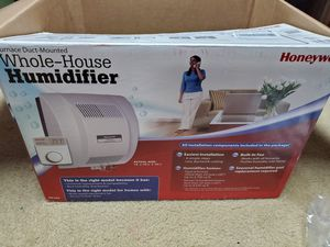 Honeywell house house humidifier for Sale in Strongsville, OH