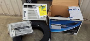 AC unit. Brand new still in box with warranty & paperwork... for Sale in Baton Rouge, LA