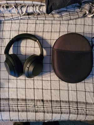 Sony wh-1000xm3 Wireless Noise Canceling Headphones for Sale in Aurora, CO