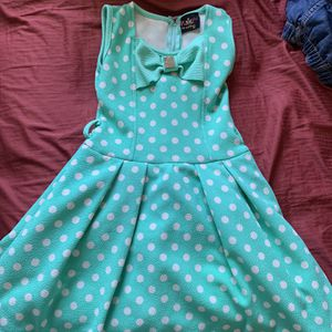 toddlee girl clothes for Sale in Cabazon, CA
