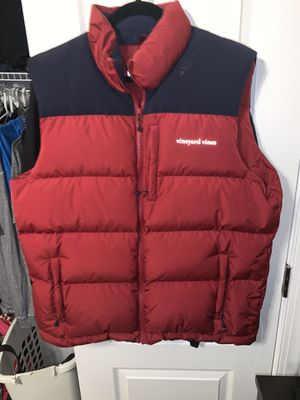Vineyard Vines Mens SIZE L Red Navy Puffer Vest for Sale in Centreville, VA