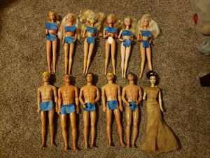 Vintage 80s and 90s slightly damaged Barbies for Sale in Sun City, AZ