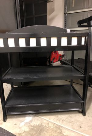 Baby diaper changing table for Sale in San Jacinto, CA