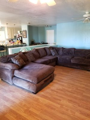 Couch for Sale in Brentwood, CA