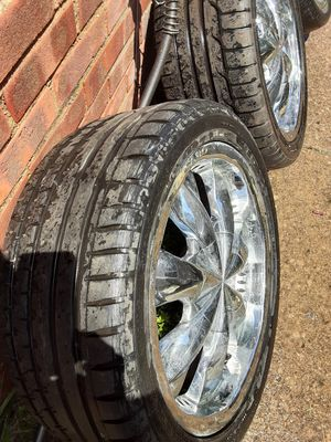 4 lugs universal 18inch rim's 245/40/R18 for Sale in Cleveland, OH