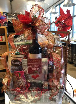 Christmas Basket for Sale in Wenatchee, WA