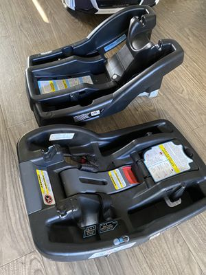 Car seat base for Sale in Oceanside, CA