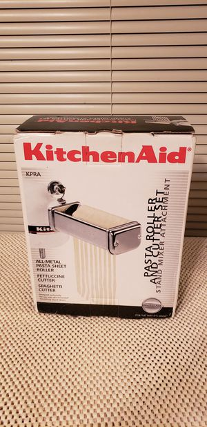 Kitchen aid pasta roller and cutter set for Sale in Sedro-Woolley, WA