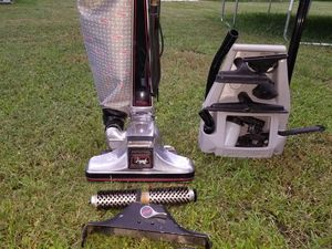 Kirby heritage 2 vacuum cleaner for Sale in Holiday, FL