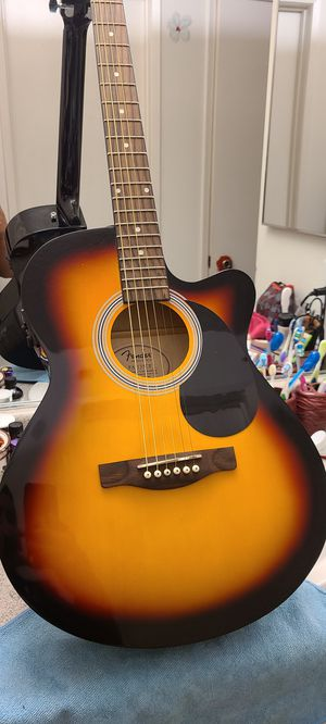 Fender guitar for Sale in Riverside, CA
