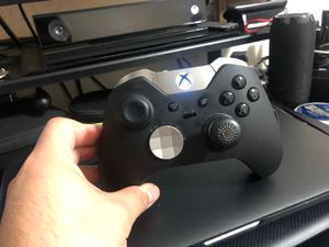 Xbox one elite controller for Sale in Compton, CA