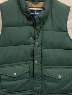 Men's Puffy Vests From Old Navy (Qty 4 Size Medium) for Sale in Nashville,  TN