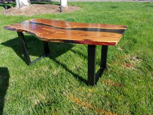 Live edge coffee table for Sale in Redmond, OR