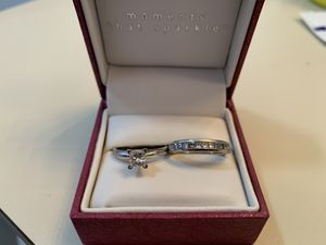 Engagement ring and Wedding band for Sale in Riverview, FL