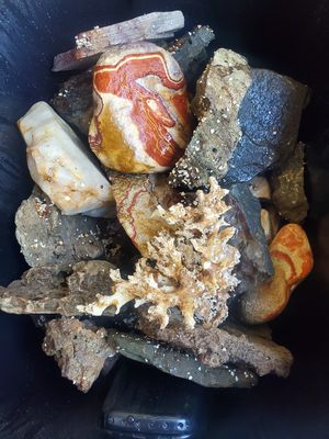 Rocks for fish tank for Sale in Freehold, NJ