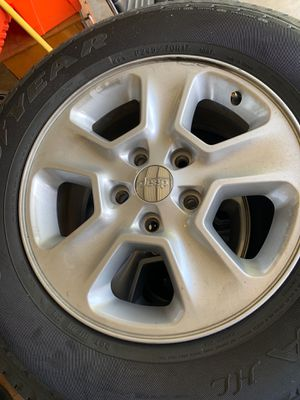 JEEP grand Cherokee, stock Wheels with tires. for Sale in Bakersfield, CA