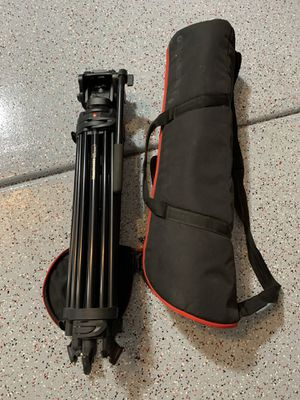 Manfrotto 546B professional video tripod MVH502A head with carrying bag for Sale in Gilbert, AZ
