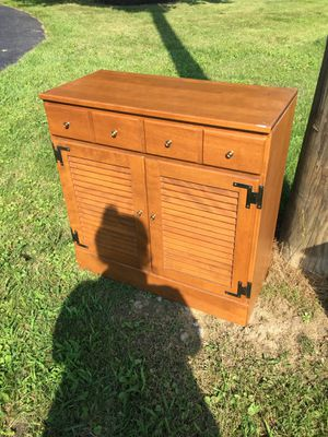 Ethan Allen cabinet for Sale in Bedford, OH