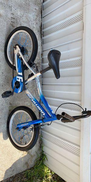 """Kids bike size 16"""" ( back tire flat) for Sale in Houston, TX"""