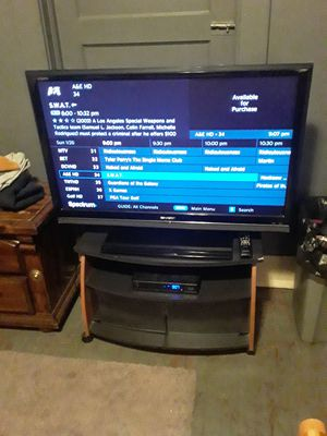 42 in.sharp tv works great for Sale in Indianapolis, IN