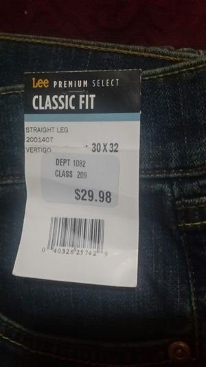 Lee classic fit premium select for Sale in Athens, TX