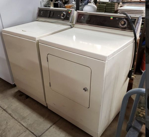 Maytag Washer and Dryer Set **Delivery Available** for Sale in Tacoma, WA