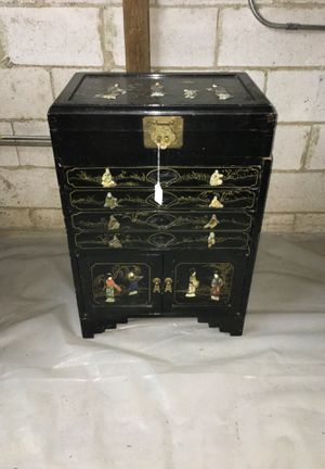 Asian Lacquer Cabinet- Medium Size-4 draws, Opening Top & bottom- Nice Piece!Little Haiti Warehouse Liquidation-Bryce LeVan Cushing Liquidator for Sale in Miami Beach, FL