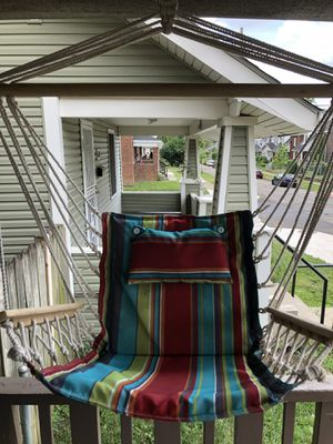 Hanging chair for Sale in Columbus, OH