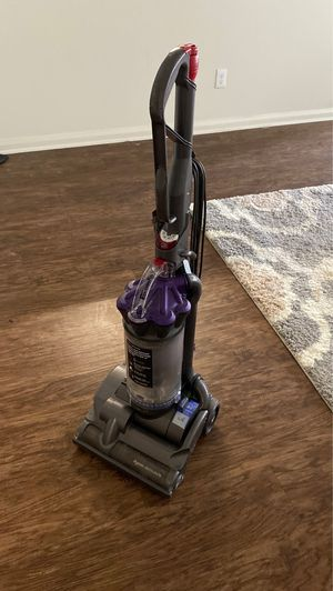 Dyson Vacuum for Sale in Saginaw, TX