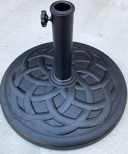 """(New In Box) $30 Patio 19"""" Round Umbrella Stand Resin Base Outdoor (Weight 31 lbs) for 1.5"""" Pole for Sale in Whittier,  CA"""