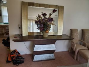 Decorative Table and Mirror Set for Sale in HAINESPRT Township, NJ