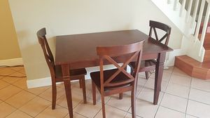 Kitchen or small dining room table 3'x4' and 3 chairs for Sale in Miami, FL