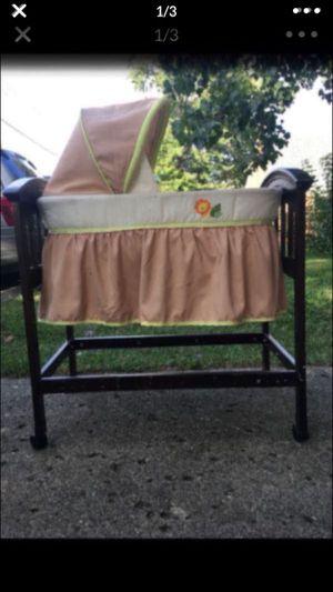 Baby crib for Sale in Dearborn, MI