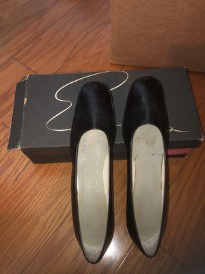 Women's Black Pumps Italian Shoes Drama In Footwear By Econ's for Sale in Whittier, CA