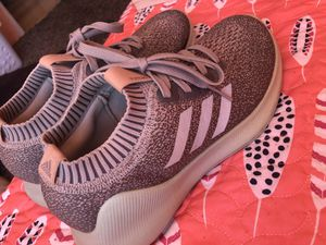 adidas, size 9 in women's for Sale in Vallejo, CA