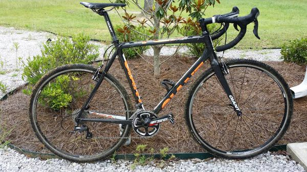 Giant road bike size 56 with upgrades