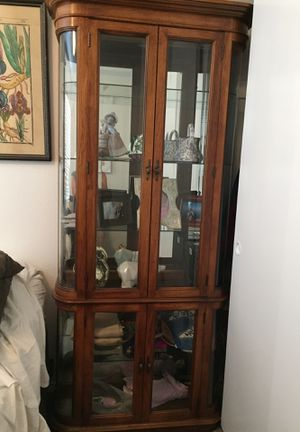 Antique curio/glass cabinet for Sale in San Diego, CA