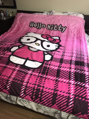 Comforter set Size Twin/Full 1 fitted sheet 1 pillow case Brand Hello Kitty for Sale in undefined