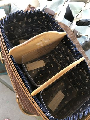 3 Sections LONGABERGER Basket 14x8 1/2 for Sale in Fresno, CA