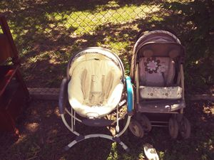 Baby swing and toddler stroller for Sale in Fort Worth, TX