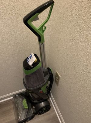 ISSELL® ProHeat 2X® Revolution™ Pet Pro for Sale in Saint Charles, MO