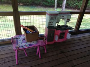 Little girl kitchen an table for Sale in Pickens, SC