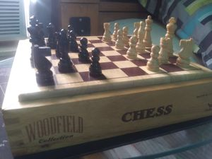Woodfield Collection Chess for Sale in Lake Worth, FL