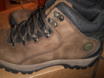 Timberland Women's Hiking Boots 8.5 ( Brown) for Sale in Washington,  DC