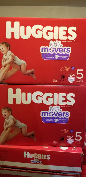 Huggies little movers size 5 124 daipers $37 each box firm price for Sale in Los Angeles, CA