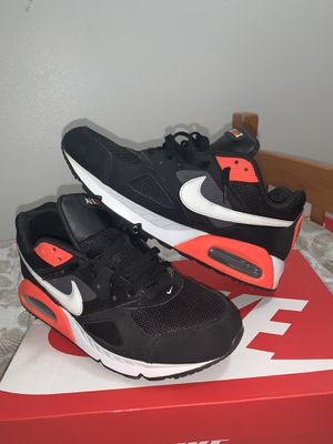 Nike Air Max IVO for Sale in Sedro-Woolley, WA