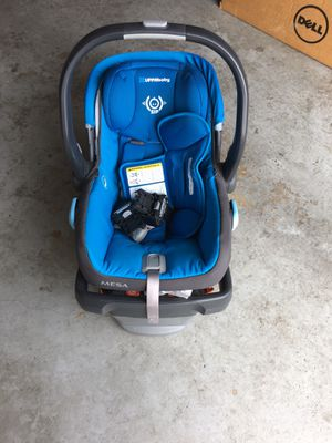 Uppababy infant car seat for Sale in Salem, VA