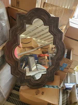 Antique looking mirror. for Sale in West Covina, CA