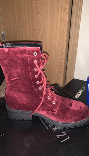 Size 6.5 burgundy velvet combat boots for Sale in Puyallup, WA